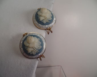 1950's Earrings with Confetti Lucite and Roses-Hillcraft