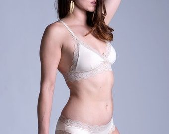 Organic Cotton Bra - Lingerie - Ivory and Cream Cotton and Lace 'Gloriosa' Bralette - Made To Order
