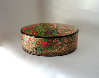 "Vintage 8 5/8"" Oval Kashmir Paper Mache Lacquered Trinket Box Apple Geranium Lupine Blossom Hand Made Painted Large Treasure Valet Dresser"