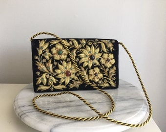 Gorgeous Vintage Embroidered Velvet purse.