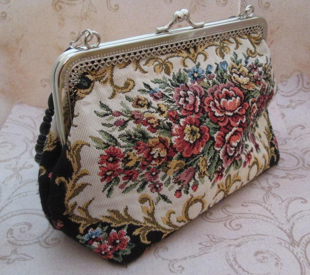 Tapestry Bag Vintage Carpet Bag Purse 1980s petit point