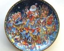 A Pepsi-Cola Christmas Collectors Plate by the Franklin Mint, Artist Bill Bell, 1994