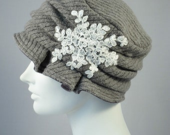 Gray Wool Knit Hat With Lace Applique Flapper Cloche // Handmade