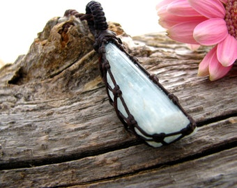 Aquamarine Necklace,  Aquamarine pendant, Aquamarine jewelry, Aqua crystal , March Birthstone , Birthday Gift , Healing crystals and stones