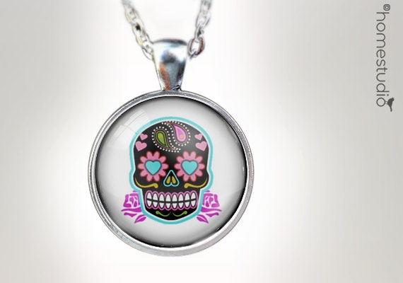 Sugar Skull (WHT) : Glass Dome Necklace, Pendant or Keychain Key Ring. Gift Present metal round art photo jewelry HomeStudio. Silver Bronze