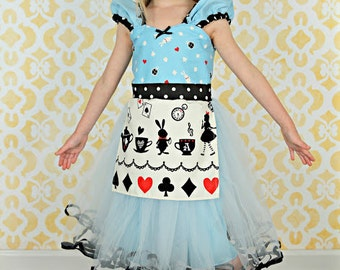ALICE IN WONDERLAND dress, Alice birthday dress, mad tea party dress, printed Alice dress, Apron dress, 1st birthday baby outfit for girls