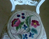 Vintage Hand Hooked Chair Pad, Floral Wool Round Single Chair Pad