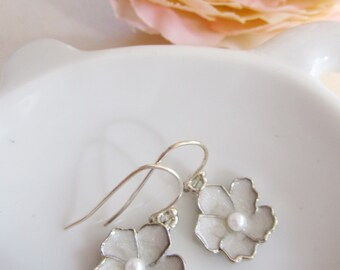 White Flower Earrings, Small Silver Earrings, Enamel Flower Charm, Flower Girl. Flower Blossom, Flower Charm, Bridesmaid Earring