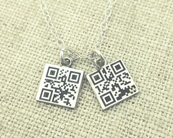 Personalized Necklace - QR Code - Secret Message Jewelry - Personalized Jewelry - Gift