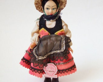 Vintage Florentine Doll - Souvenir Doll from Italy Made by Lela