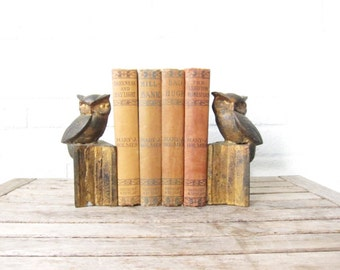 Vintage Owl Bookends - Set of Matching Gold Owls on Books Figurines - Library Owl Figures - Woodland Home Decor - Literary Owl Book Ends