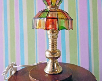 Vintage 1970s Dollhouse Stained Glass Plastic Shade Electrical Lamp Light Lighting Single Plug