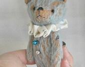 Mason by Woollybuttbears 4 inches