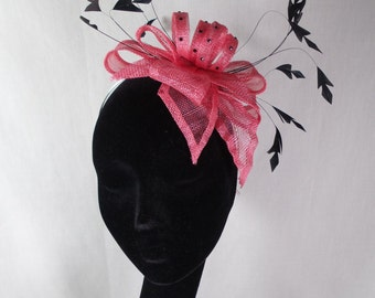 SUMMER SALE A lovely coral fascinator