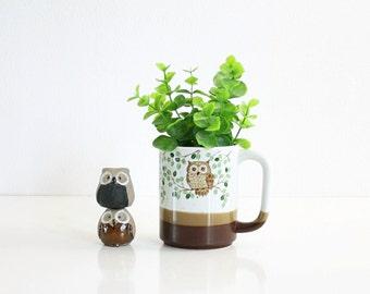 Vintage Stoneware Owl Mug / Vintage Coffee Mug