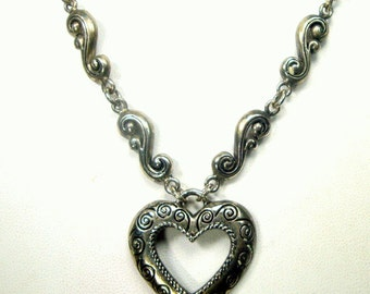 Silver Metal HEART Pendant Necklace, A Sweet heart For a Sweetheart Valentine , Nice Design on The Silver Chain
