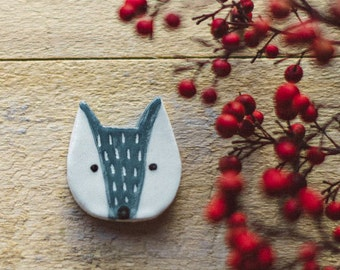 SALE.Wolf brooch, cute wolf brooch, ceramic brooch, nature accessories, Little wolf brooch, Wolf pin. Handmade clay brooch. Ceramic jelwelry