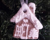 Christmas Ornament Everlasting Gingerbread Mini House Non-Edible