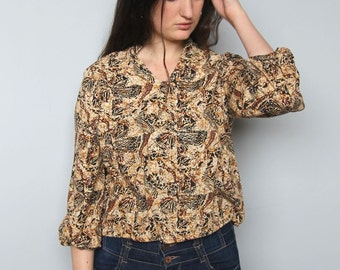 on the outskirts -- vintage 70s cotton batik top S/M