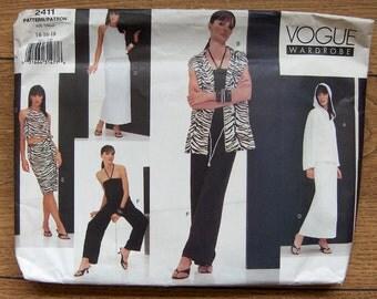 2000 Vogue pattern 2411 Misses wardrobe sz 14-16-18 uncut