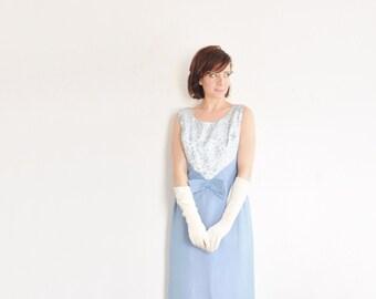 something blue mod bow tie dress . sheer watteau train back .medium .sale s a l e