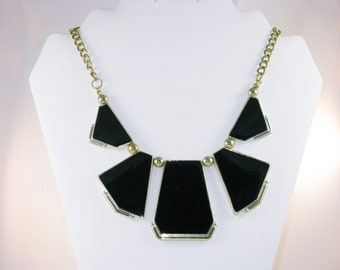 Vintage Black and Silver Tone Bib Necklace (N-3-4)