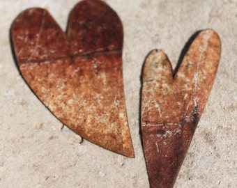 2 rusty white hearts for art work, mixed media, altered art, collage, steampunk, assemblage