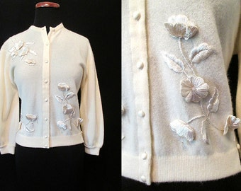"Exquisite 1950's Cashmere Sweater w/ Hand Embroidery & Crystals By ""Dalton"" Sweater Girl Rockabilly Pinup Cocktail Sweater Size-Medium-Large"
