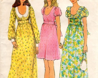1970s Bohemian Hippy Dress with Low Neckline Empire Waist - Vintage Pattern Simplicity 5568 - Size 8