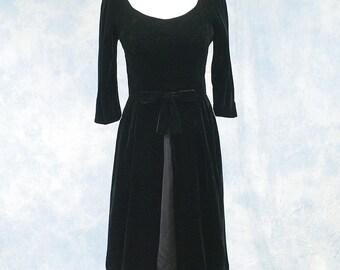 Vintage 60s 1960s Mary Sachs Black Velvet Cocktail Party Dress, Split Skirt, Sz Sm Med 6 8