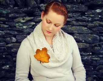 Leaf Pin. Felted Leaves. Maple Leaf Brooch. Handmade Wet Felted Leaf Pin.