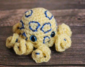 Amigurumi Blue-ringer Octopi - Fun Octopus Dolls - Blue Ringed Octopus - Stocking Stuffer - Science Toy - Gift for Geek - Crochet Octopus