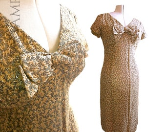 1950s Wiggle Dress, by Blanes of London. 50s Golden hued lame vintage dress. Size 16