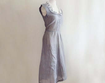 1940's Grey Sheer Cotton Day Dress // Retro Day Dress // Vintage Cotton Dress // Size Medium