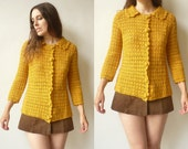 1970's Vintage Hand Crochet Scalloped Trim Knitted Cardigan Size Small