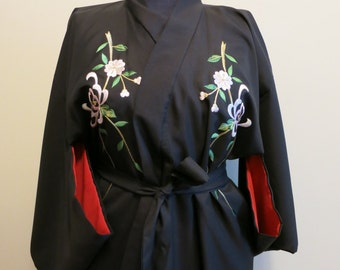Kimono robe black red floral chrysanthemum embroidered vintage flapper lingerie