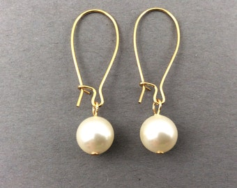Pearl Earrings In Swarovski Crystal Pearls On Silver Kidney Earwires