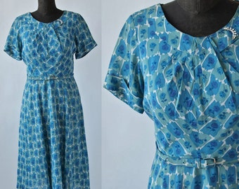 40's Dress Blue Green Novelty Print Roses with Belt and Rhinestones Rayon 30 inch waist