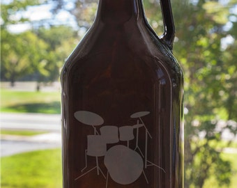 Drum kit 64 oz Etched Glass Beer Growler with Handle and Customizable Text Band Instrument Jam Electric Drums Set Drum Drummer Unplugged