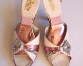 1950s 7.5B Henri Flatow Las Vegas showgirl springolators VLV 1950s springolators 50s spring-o-lators metallic leather rhinestones pink shoes