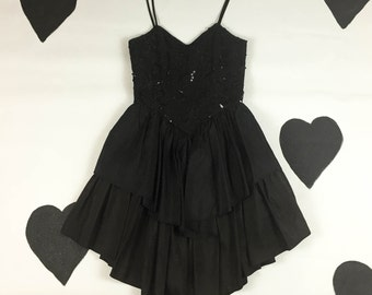 80's goth prom dress 1980's black ruffled sequin origami party dress / corseted / tiered ruffle / lace / gothic / sweetheart / size 7 8 M L