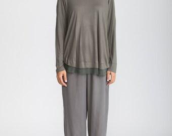 Green t shirt, long sleeve t shirt, winter tunic, scoop neck, Minimalist top, long t shirt, loose fit tunic, chiffon