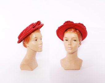 Vintage 40s HAT / 1940s Raspberry Pink Velvet Floral Hat