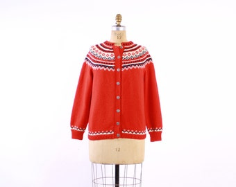 Vintage 60s NORWEGIAN CARDIGAN / 1960s Hand Knit Red Fair Isle Wool Knit Cardi Sweater M