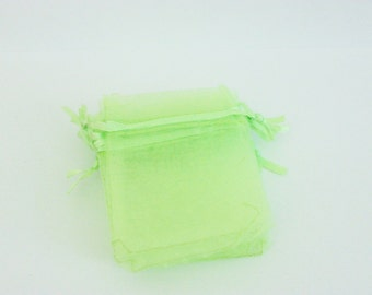 """Lime Green Organza Bags 2 1/2"""" x 3 1/2"""" Favors 15 Weddings / Party Favors / Baby Showers / Craft Show Supplies"""
