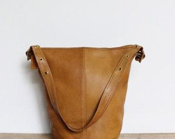 Vintage Coach Duffle Sac Bag // Original NYC Pre 9085 Duffel Golden Tan RARE // Feedbag New York City