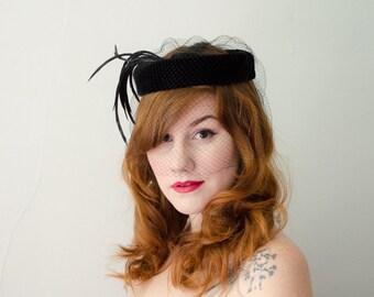 1950s vintage hat / black velvet halo hat / birdcage veil hat
