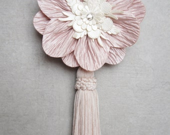 Light Pink Tassel Hair Clip - Light Pink And Ivory Tassel Hair Clip - Light Pink Tassel Brooch - Pink Tassel Pin - Pink Art Deco Hair Clip