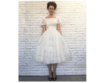 Vintage 50s Sheer White Lace Puff Sleeve Wedding Dress XS S Tulle Crinoline Skirt