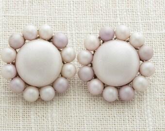 Lavender Flower Earrings Cluster Vintage Clip Ons Light Purple Bead Beaded Japan | Clip On Earings | Costume Jewelry | True Vintage 16A